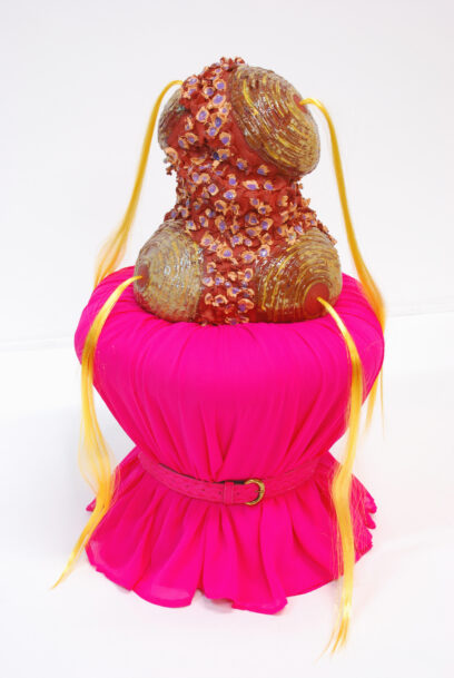 She's a very bubbly character 2020 – textile, earthenware, glaze, hair – 70x38x38 cm